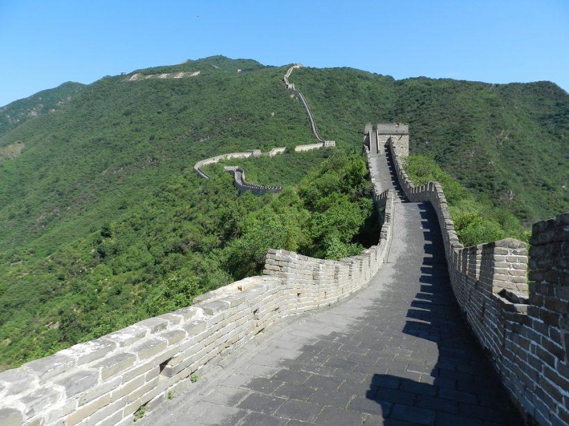 muraille de chine avec enfants