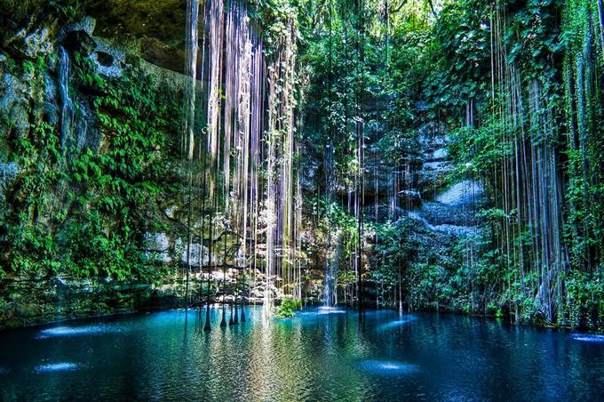 yucatan-cenote